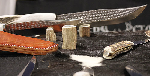 Washington Knife Maker Silver Stag Creates American Made