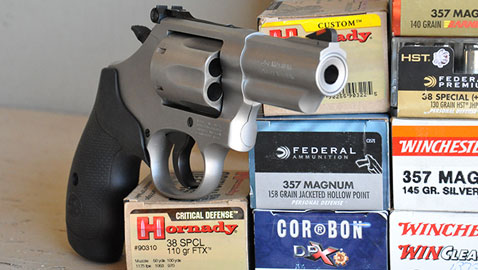 Reviewing The Smith & Wesson Model 66 Combat Magnum   Down